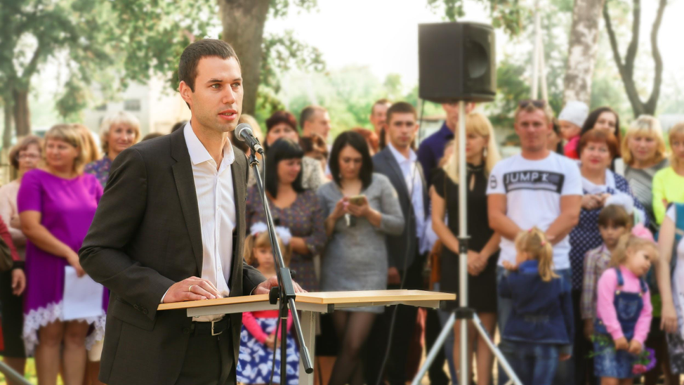 Oleg Grushevich, Co-Founder and CEO at Easybrain at the STEM-centres opening ceremony